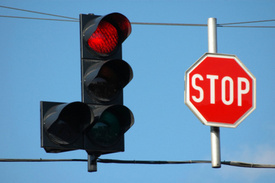 Tampa Car Accident Lawyer: Pasco Deputy Injured by Red-Light Runner