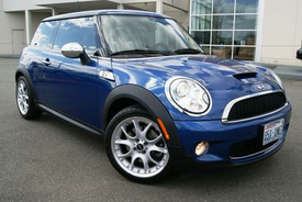2012 MINI Cooper Receives IntelliChoice SmartChoice Retained Value Award