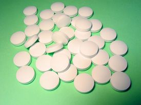 Some OTC Sleep Medications Risky for Older Individuals
