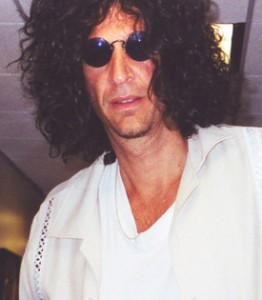 Howard Stern threatens to leave Sirius Radio
